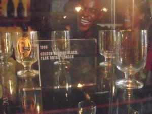 wertvolle Biergläser in der Guinness Brauerei